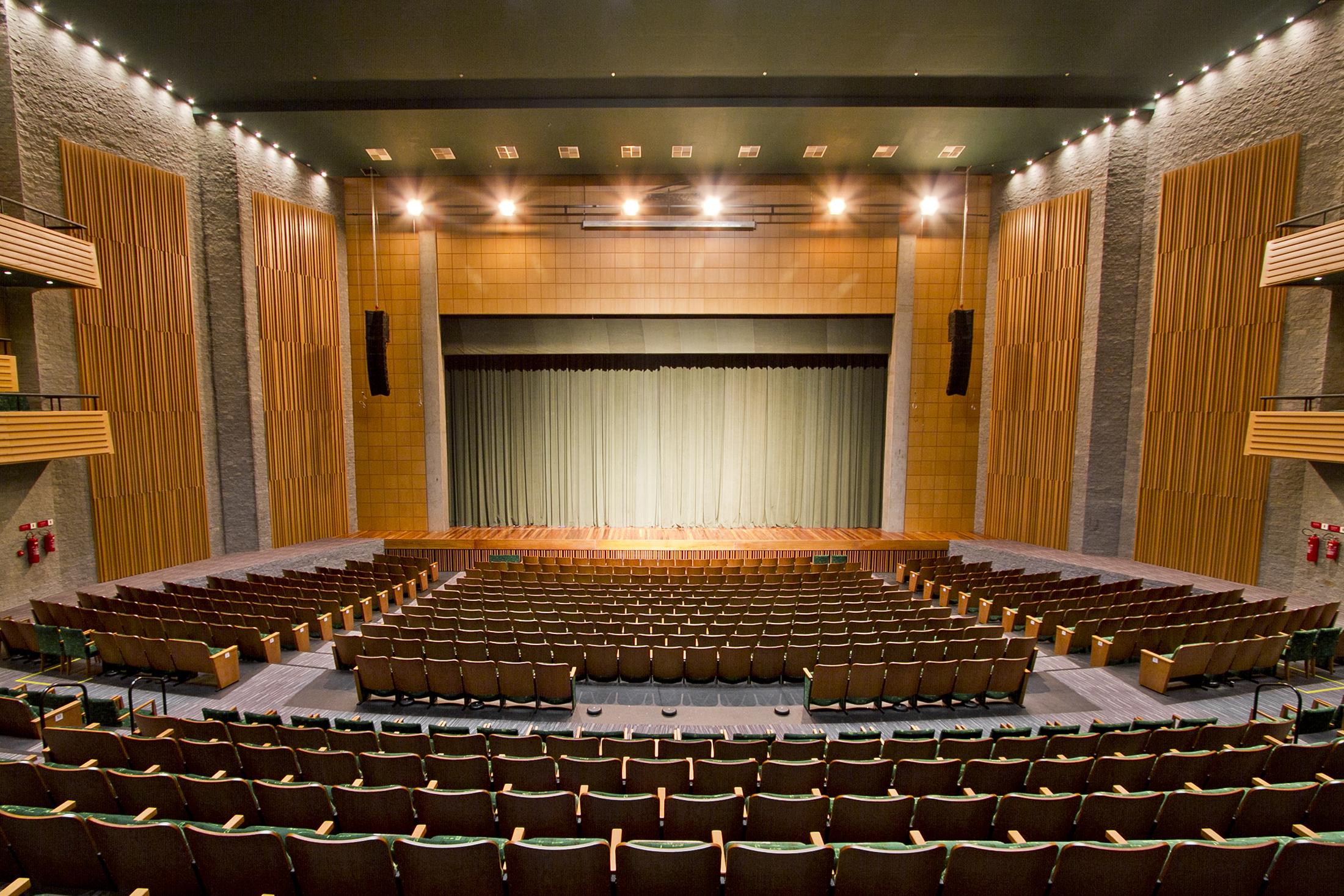 Teatro Feevale Slide 03