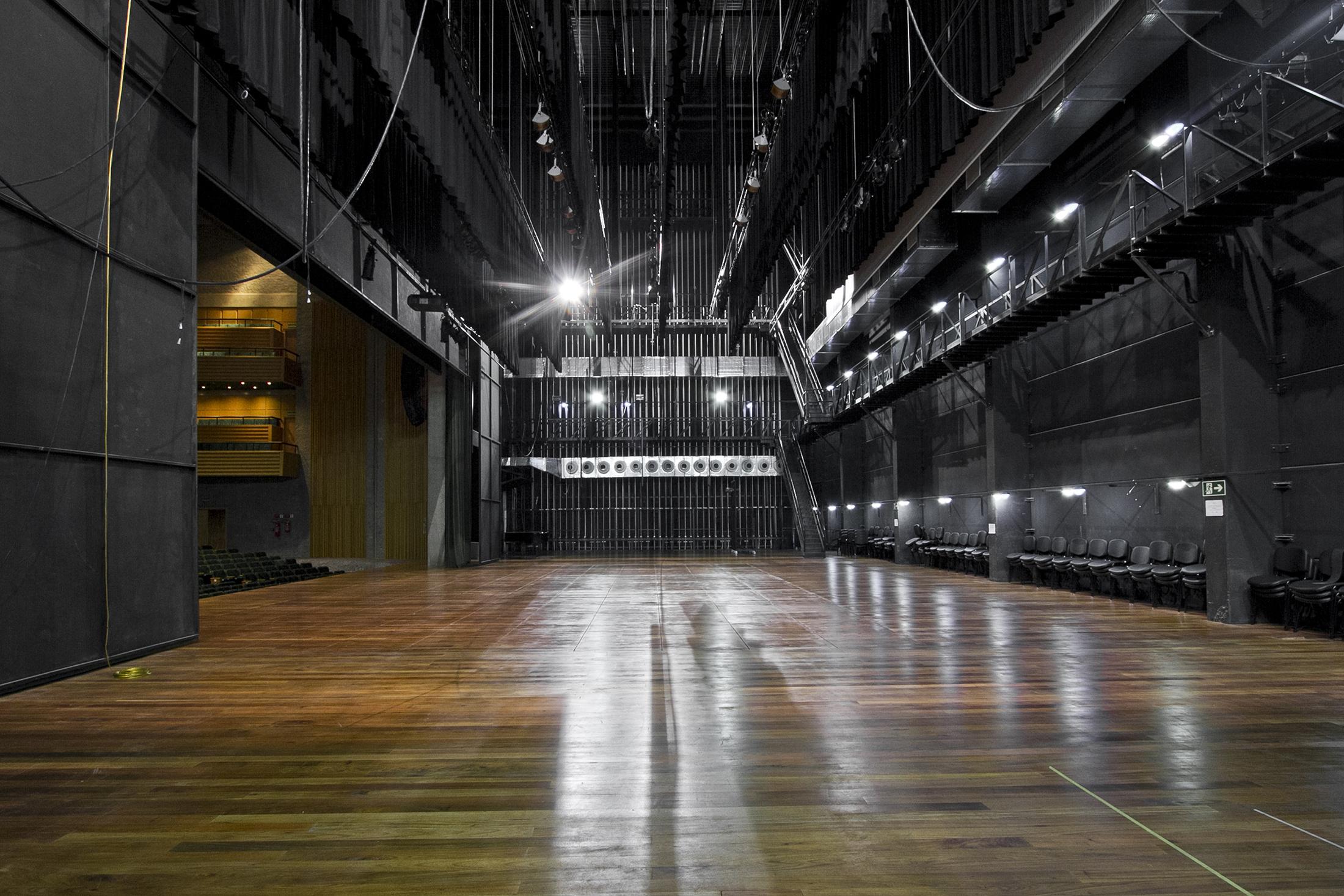 Teatro Feevale Slide 04