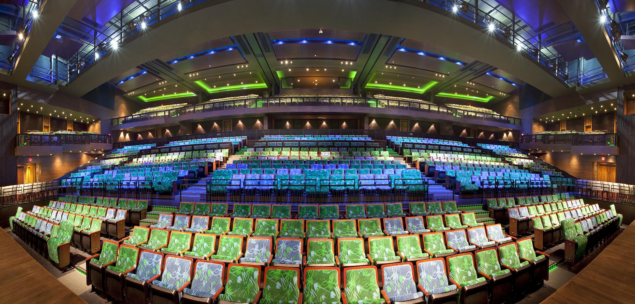 Teatro Riachuelo Slide 01