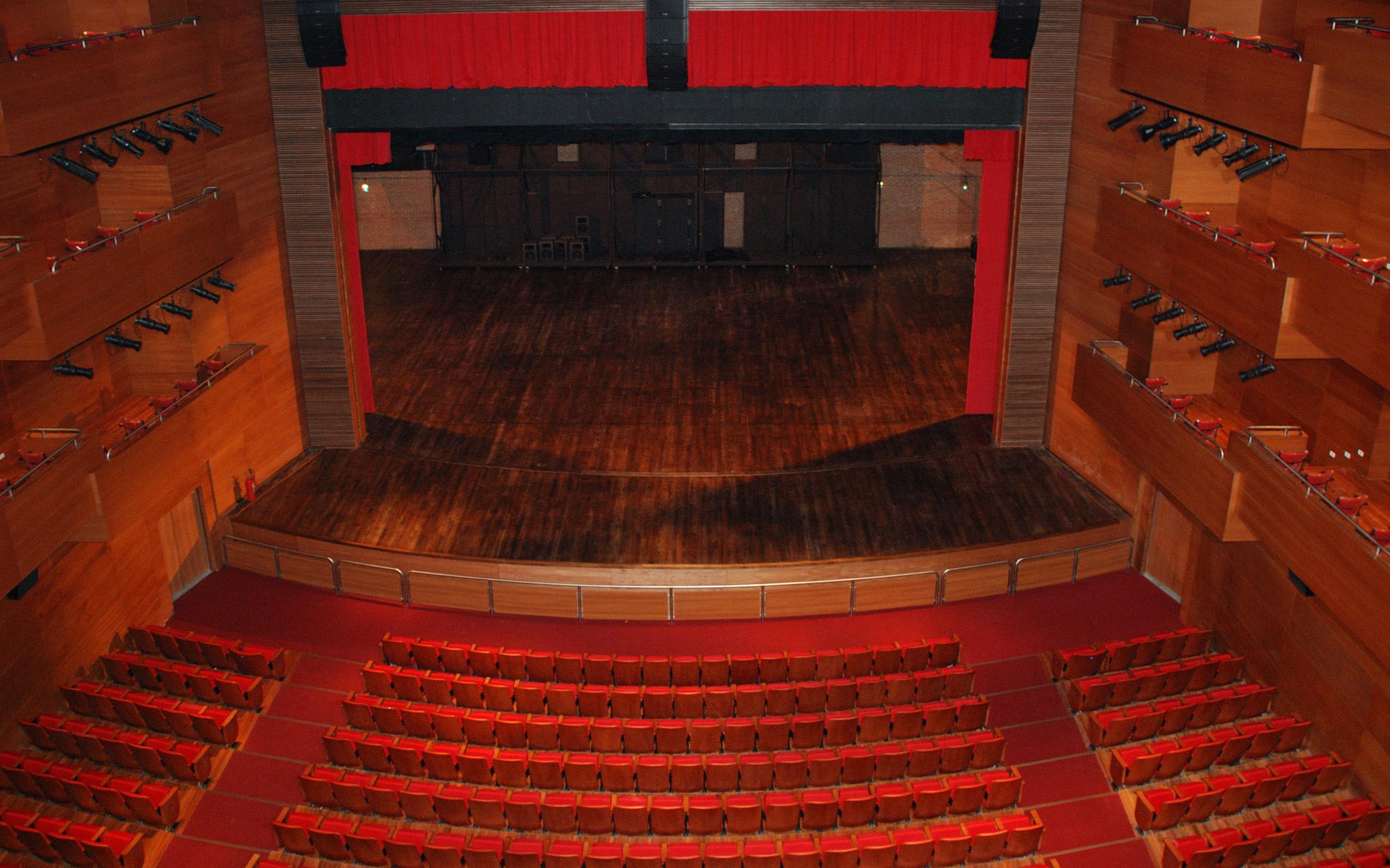 Theatro Municipal de Paulínia Slide 07