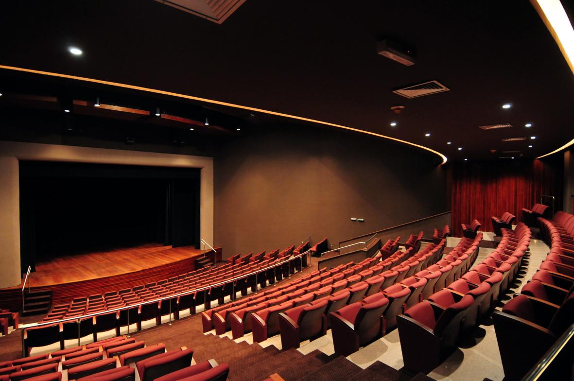 Teatro CIEE Slide 01